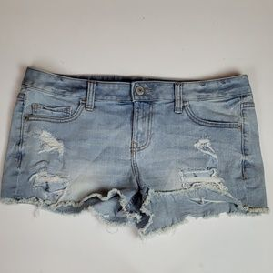 Express low rise cutoff distressed denim shorts